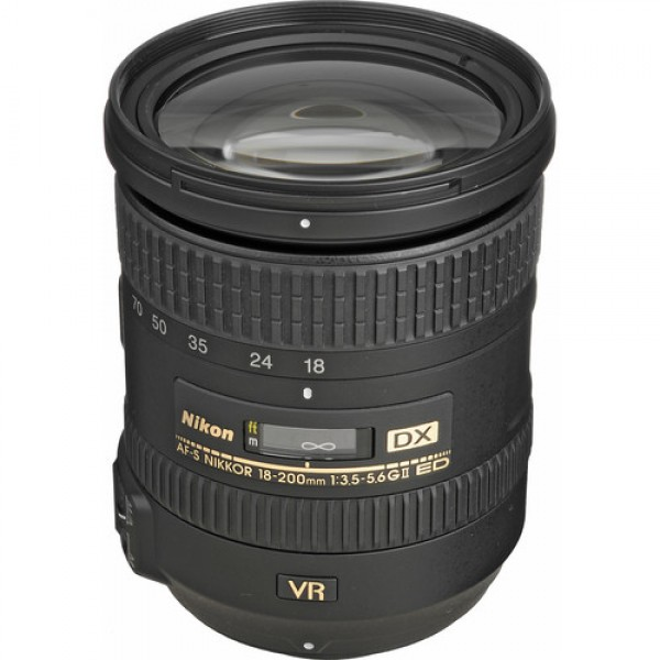 Nikon AF-S DX NIKKOR 18-200mm f/3.5-5.6G ED VR II ...